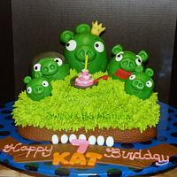 """""""Pigs Rule !"""" Angry Birds Birthday by Sweets By Monica"""