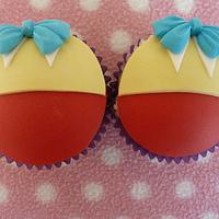 Alice in Wonderland Cupcakes - Tea Party Theme