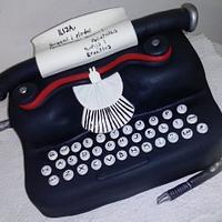 Vintage laptop cake