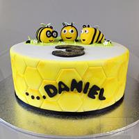 Buzzy Bee The Hive Cake