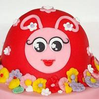 Lady bug cake by verjaardagstaartenbestellen.nl by Linda