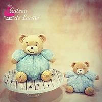 Cuddly Bear 3D cake