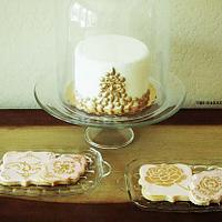 Gold Gem Cake with Pink & Gold Baroque Cookie