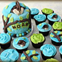 Monkey Bum Cake and Cupcakes