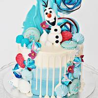 Olaf Drip Cake
