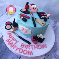 Makeup Themed Cake