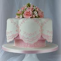 White and Pink cake with Pink Roses
