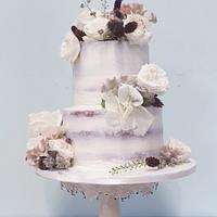 Semi naked weddingcake