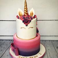 Ombré unicorn cake