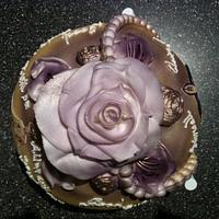 alien leaving cake! by mick