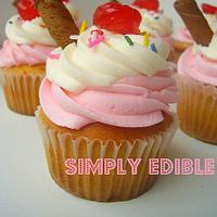 Vanilla Sundae Cupcakes