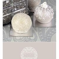 Pale silver & gold sphere cakes