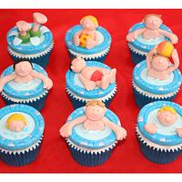 Swimming party cupcakes
