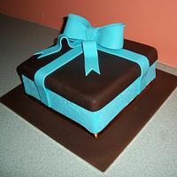 Gift Box Cake by Sarah
