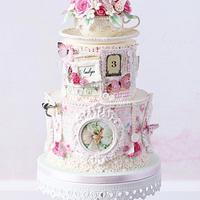 Vintage fairy cake