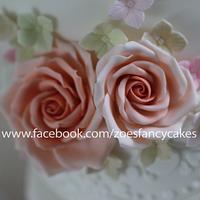 Wedding cake and roses