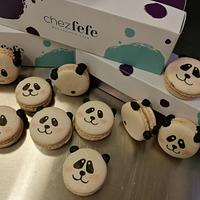 Panda macaroons