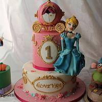 Torta compleanno Cenerentola