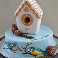 Gingerbread house meets Birdhouse