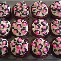 Leopard Print Cupcakes