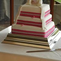 Pink Wedding cake  by Tracey