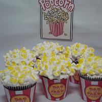 Carnival Cupcakes, Popcorn, Goldfish, & Ice Cream Cones by Toni (White Crafty Cakes)