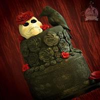 Roses, Skull and Raven cake