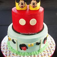 Mickey Mouse Clothesline Cake