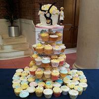 Giant Cupcake & Cupcakes