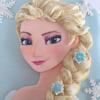 2D Elsa Frozen cake