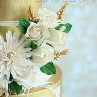 """""""Enchant"""" Gilded Wedding Cake"""