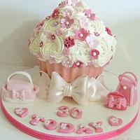 Girly Bags Giant Cupcake