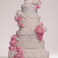 The floral wedding cake