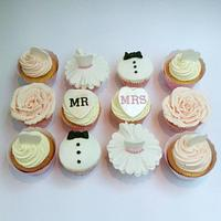 Wedding Cupcakes by Claire Lawrence