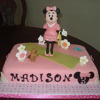 Fashionista Minnie Mouse Theme Cake