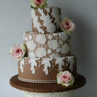Wedding cake lace