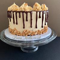 Peanut overload cake