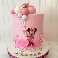 Minnie Mouse balloon cake