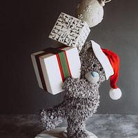 Christmas gravity cake Teddy