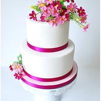 """Delicate Love"" Wedding Cake"