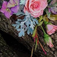 Rose, brunia, hydrangea, senecio