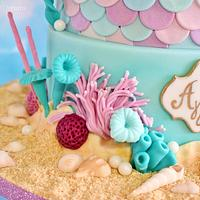 Mermaid sequin cake. by LenkaSweetDreams