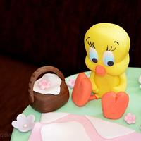minnie and tweety picnic cake by giveandcake