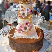 Tiara Theme Birthday cake.. by Tasnuta Cake Artistry ( TASNUTA ALAM)