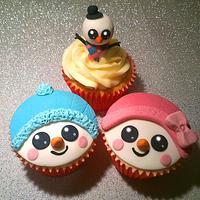 Cute Snowmen Christmas Cupcakes