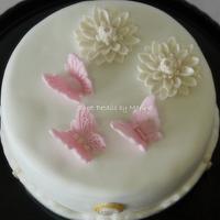 Lace cake by Marina Costa
