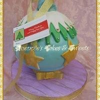 Christmas- Ornament Cake by quennie