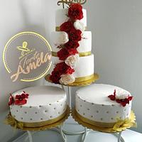 Dark red and white beuty wedding cake