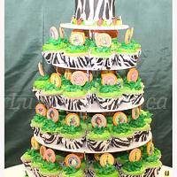 Madagascar themed cupcake tree