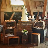 Rustic elegance Wedding cake and cupcakes